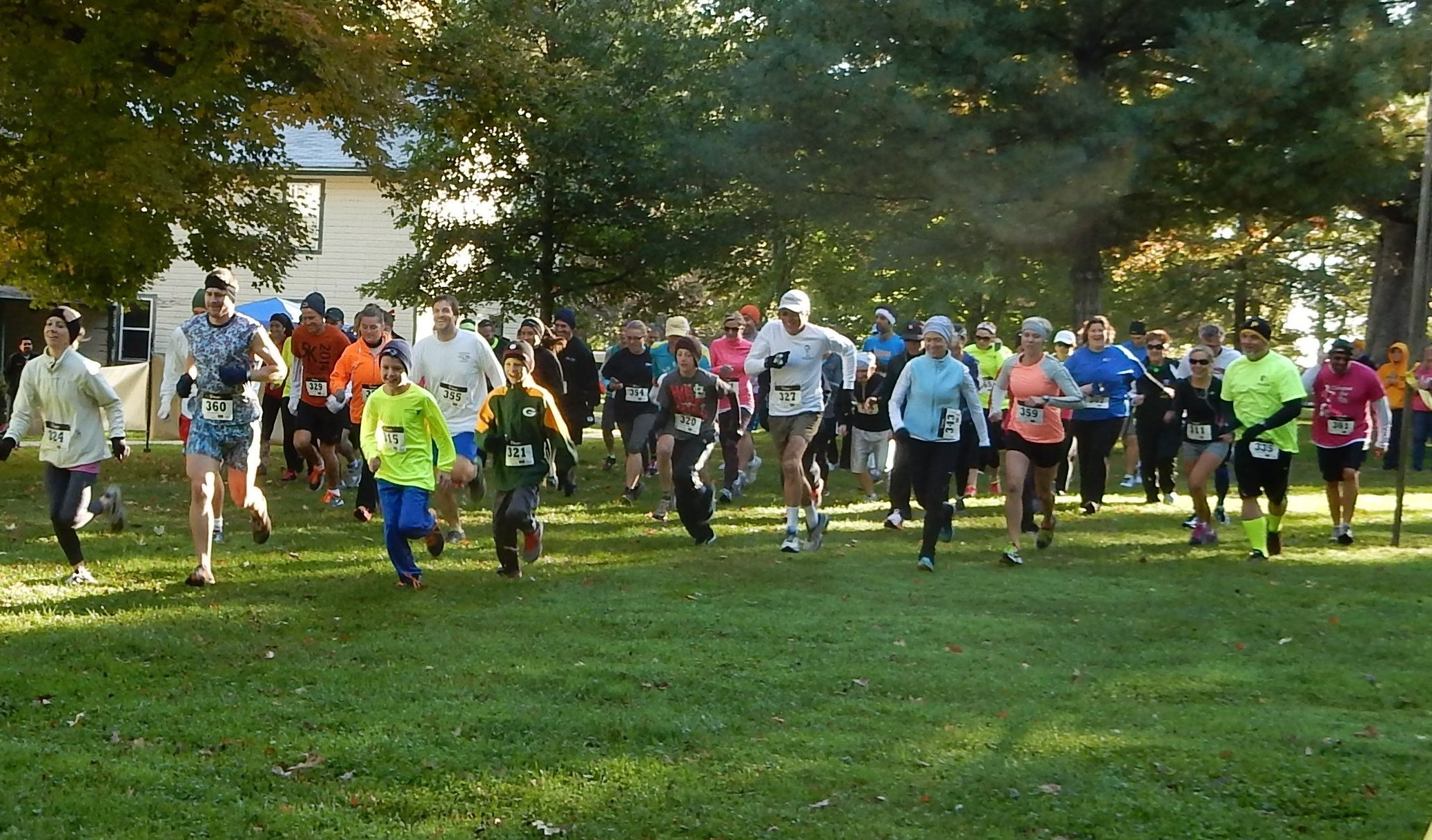 2014-autumn-leaf-run-start